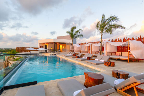 Atico Rooftop Pool at Aloft Tulum.