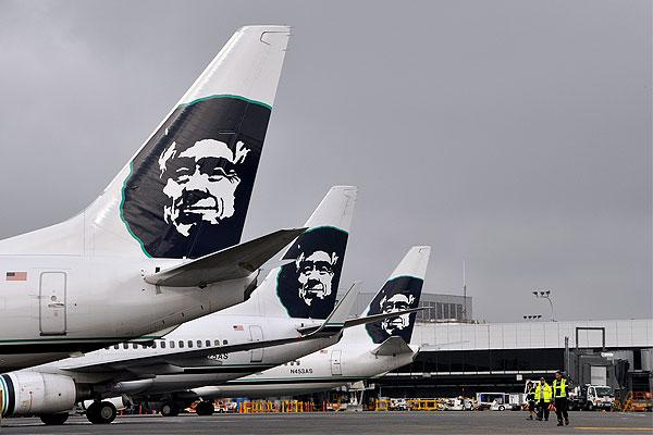 Alaska Airlines Makes History With The First Flight Using Biofuel